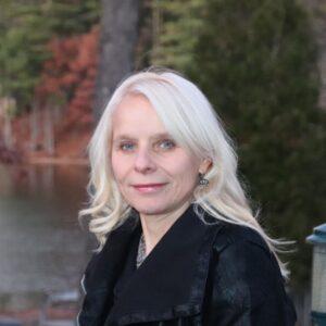 Lorraine Bassett